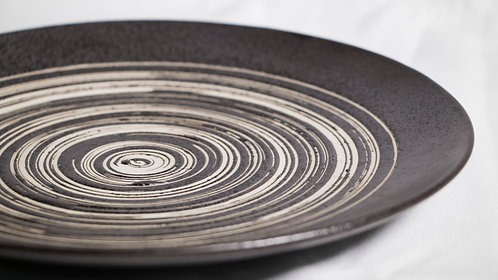 "Brown swirls coupe dining/buffet plate 10"" 褐色瓷大圓餐碟"