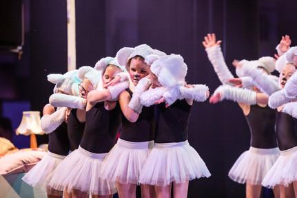 Dansvoorstelling Martine 2019-39.jpg