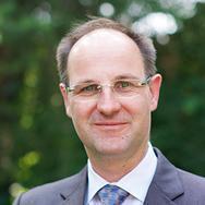 Dr. Stefan Hild