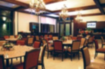 restaurant005.jpg