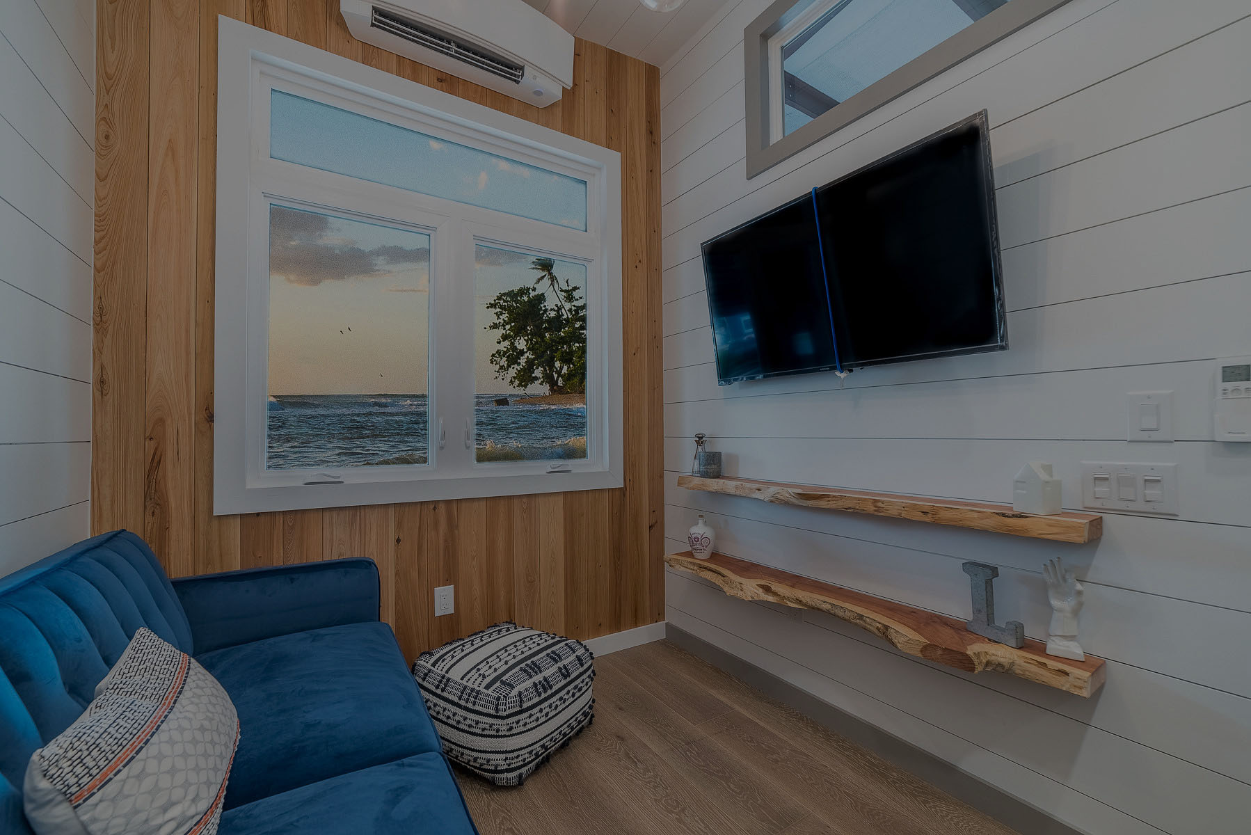 Luxury Tiny Homes | United States | Movable Roots