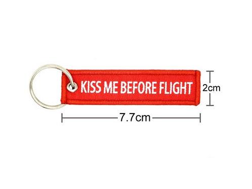 MINI KEYRING KISS ME BEFORE FLIGHT