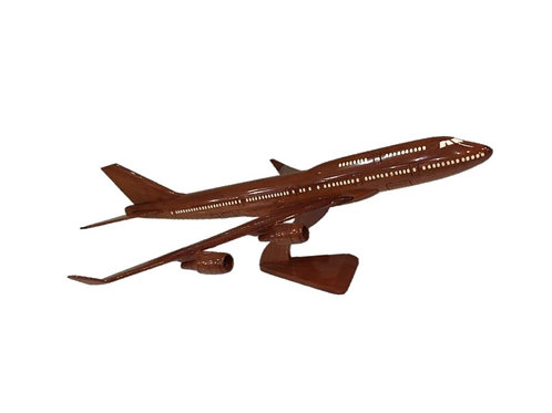WOODEN MODEL BOEING 747 (SMALL)