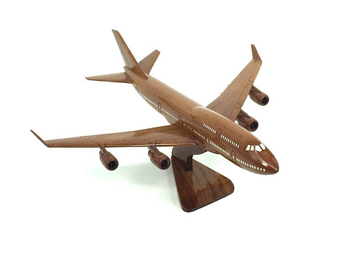 B747 WOODEN MODEL  (SMALL)