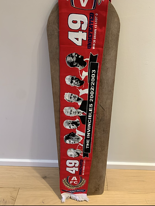 Invincibles design scarf