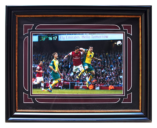 "Ozil ""Double"" - Signed Framed Print"
