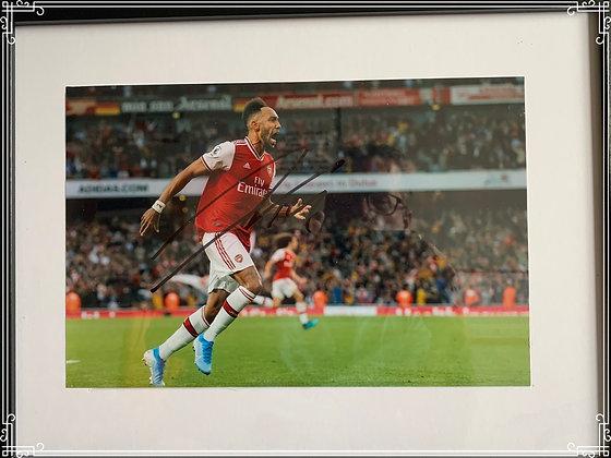 Auba signed photo frame