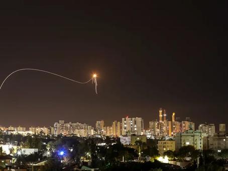 Dôme de Fer intercepte une roquette dans le ciel de Sderot