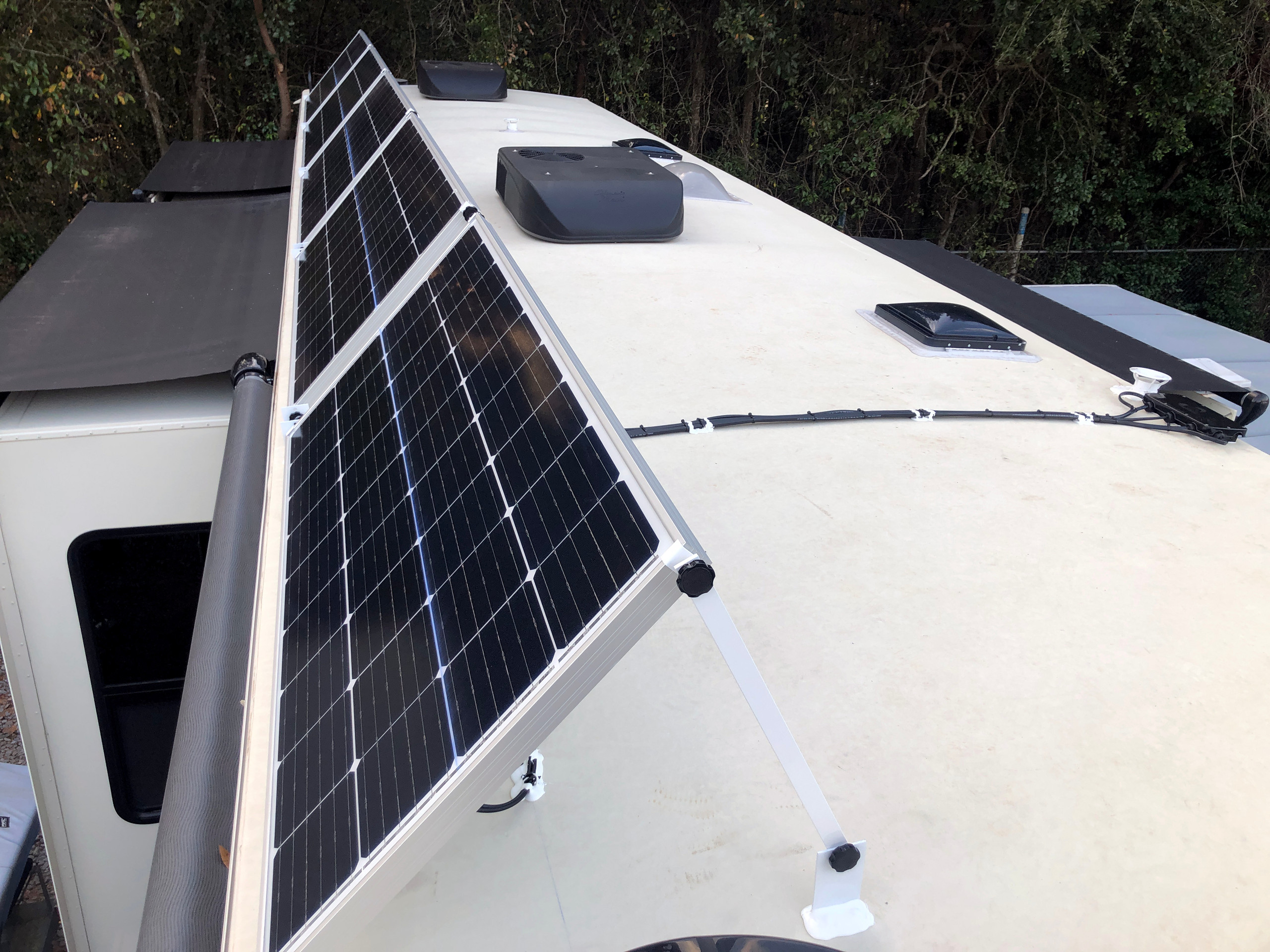 Tilting Solar Panel Array 5th Wheel RV