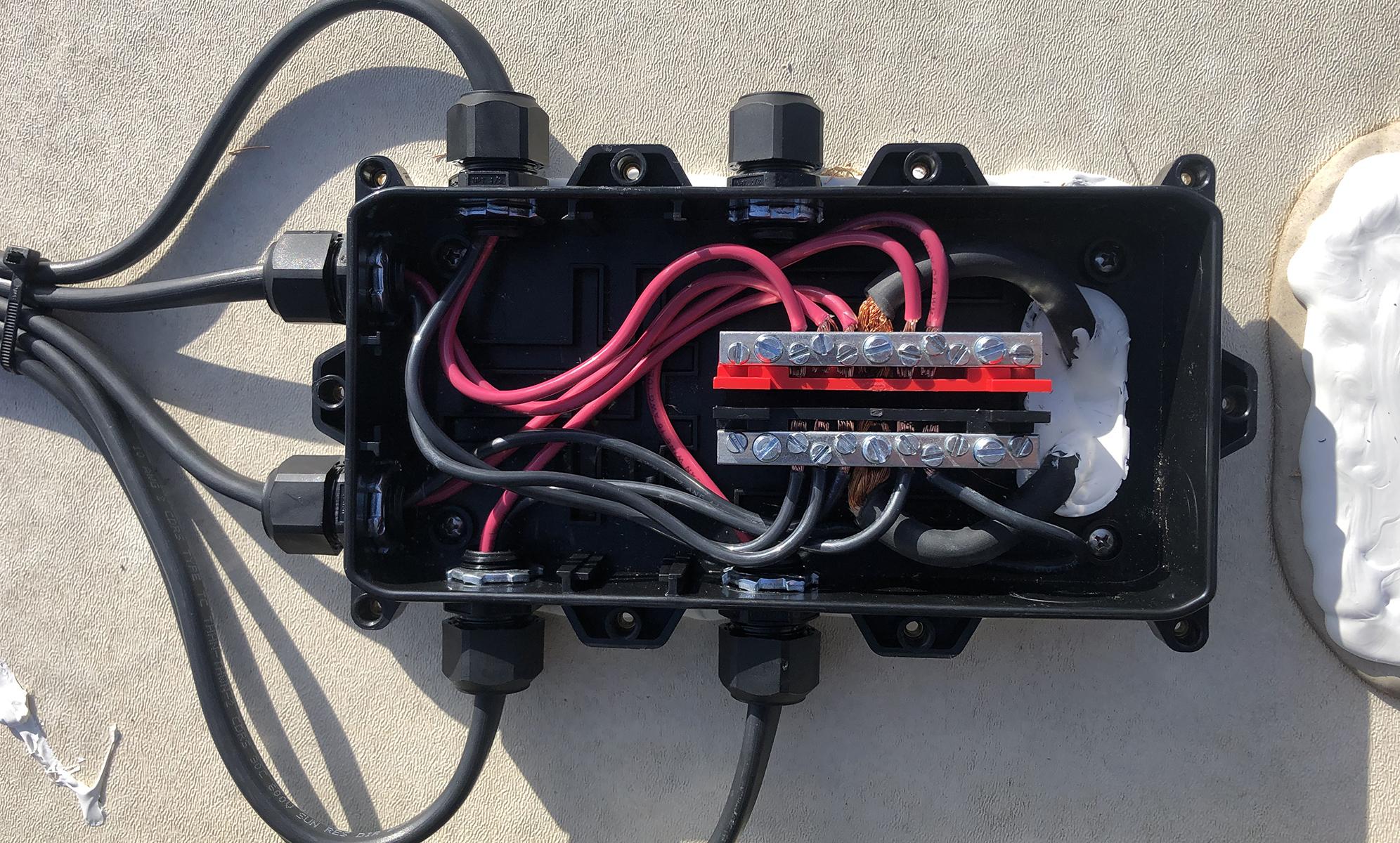 AMSolar Combiner Box 5th Wheel RV