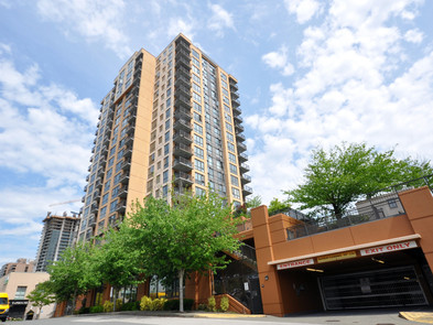 1702 511 ROCHESTER AVE, COQUITLAM