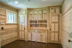 MUDROOM CABINETS AND INTERIOR