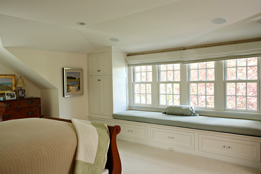 WINDOW SEAT WITH CABINETS