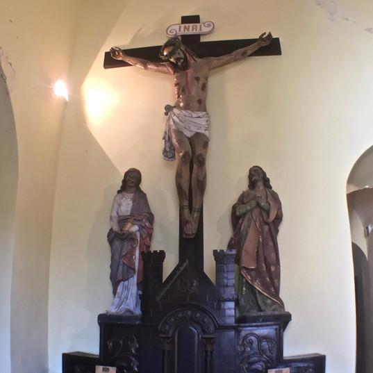 Portuguese-style crucifix