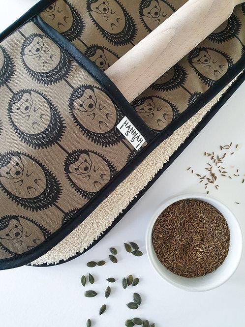 Hannah Issi Olive Green Hedgehog Oven Gloves