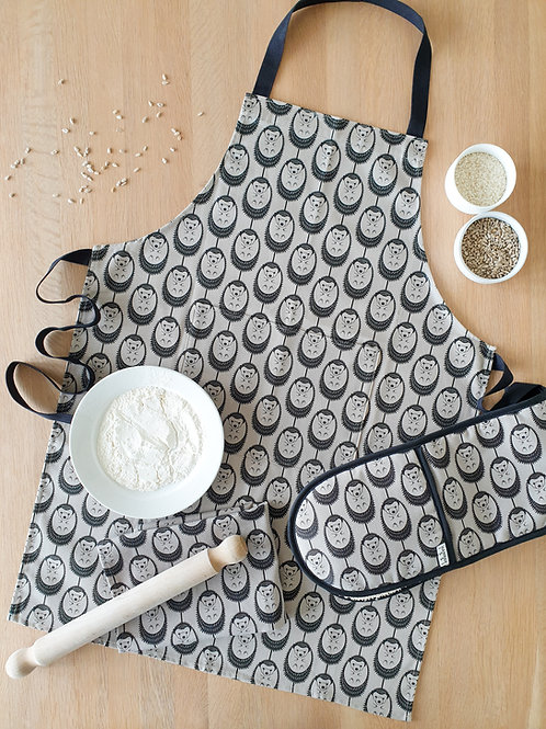 Hannah Issi Grey Hedgehog Oven Gloves, Apron and Tea Towel