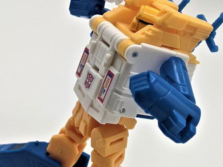 Weekly Robot- Generations Titans Return Legends Class Seaspray (2017)