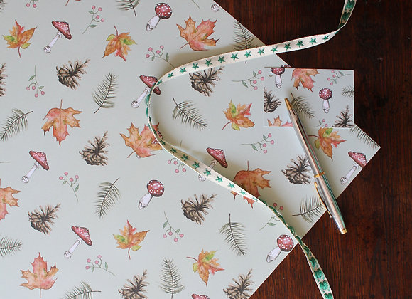 Toadstool Christmas Wrapping Paper (Trade)