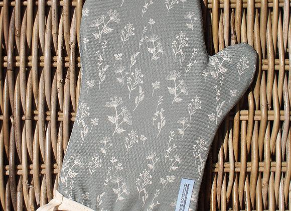 Flower Oven Mitt (Trade)