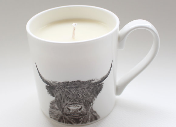 Highland Cow Candle