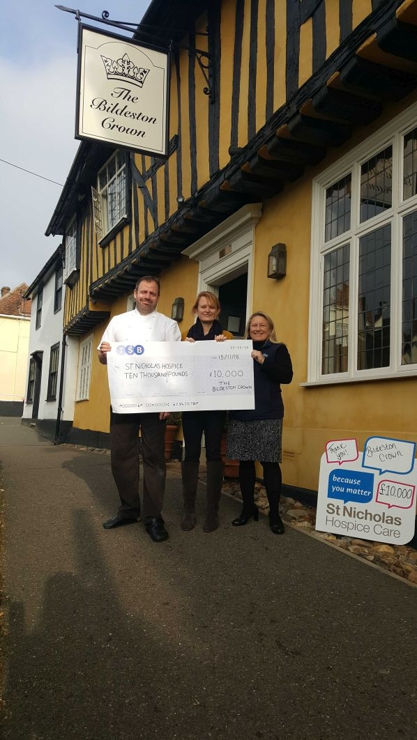 £10,000 for St Nicholas Hospice!