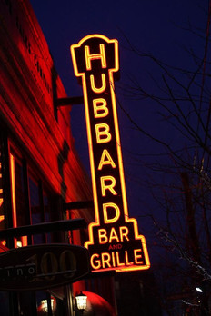 Eleven abstracts and cityscape paintings on display at Hubbard Grille for every GALLERY HOP in 2016