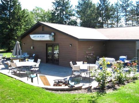 Reception at Agate Lake Resort