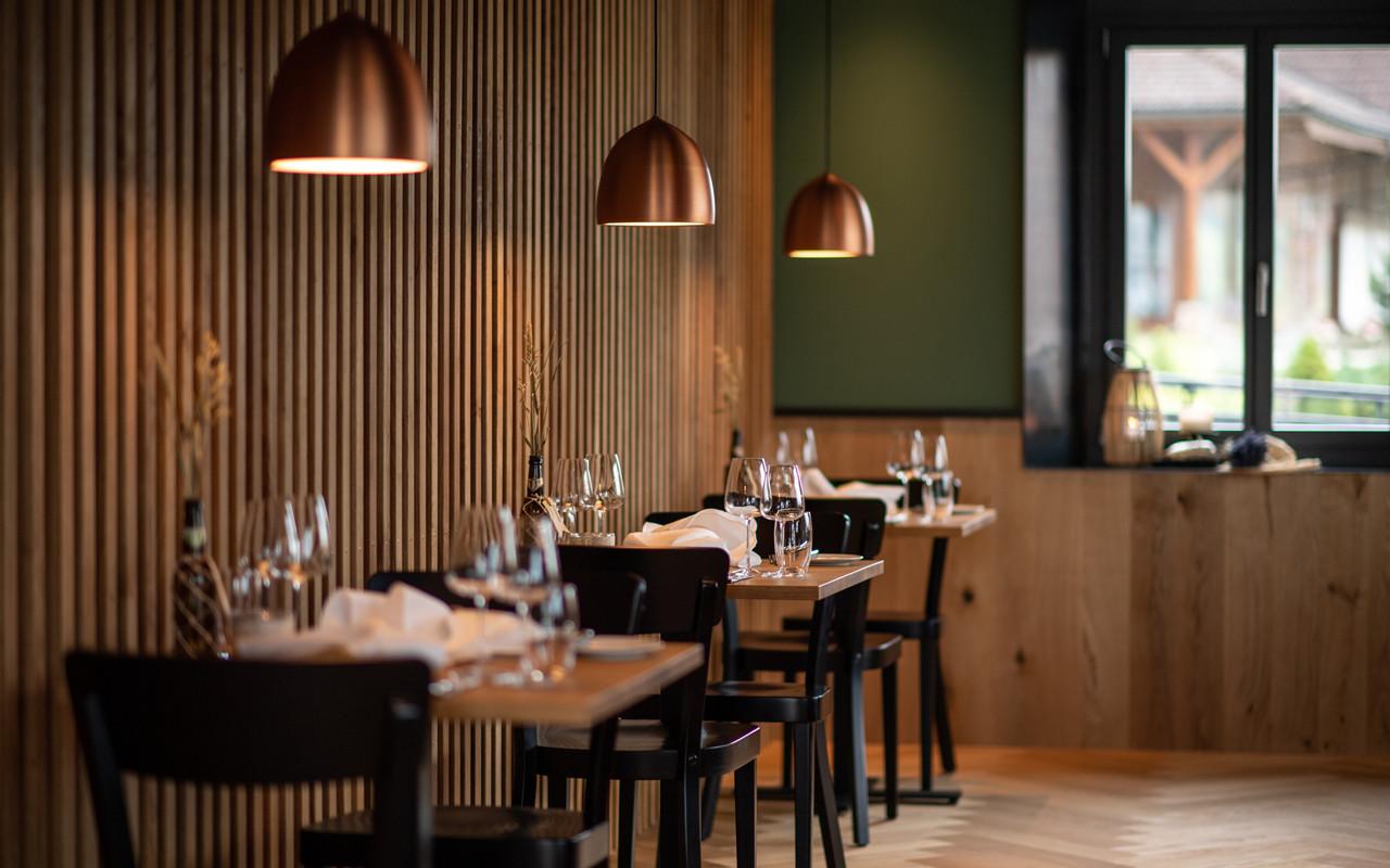 Barmade-Restaurant-Lindenhof-Ebnet-01.jp