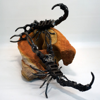 metal art scorpion