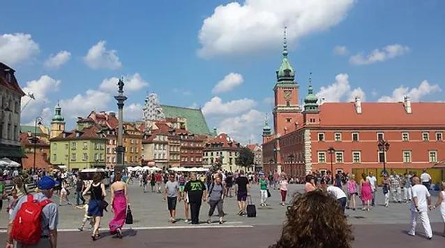 Varsóvia_Castelo_real.praça.webp