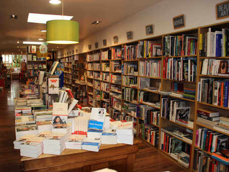 Librairie Livres in room Saint-Pol-de-Léon