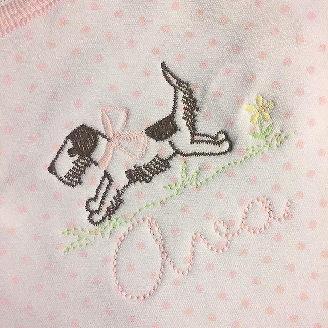 A sweet bib for sweet baby Ava 💗#theups
