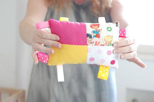 צעצוע לתינוק | דגם ורוד וצהוב