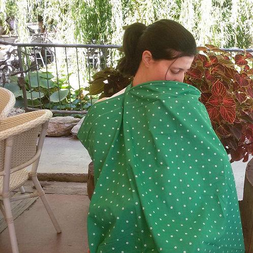 סינר הנקה | דגם ירוק פרחים קטנים