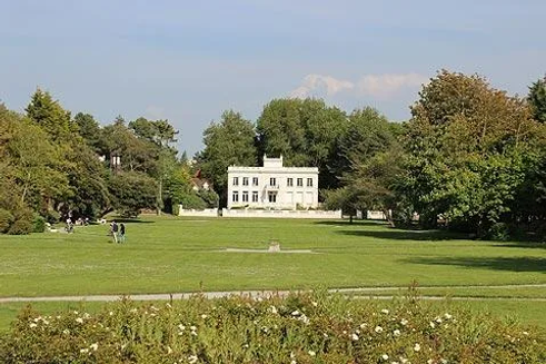 ypres-garden.webp
