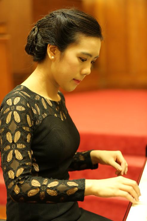 Hong Kong Bach Festival - Elena Chiu (Pianist, speaker)
