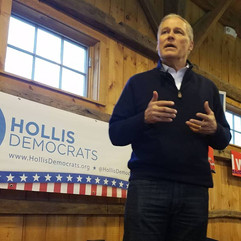 Governor Jay Inslee with the Hollis Dems