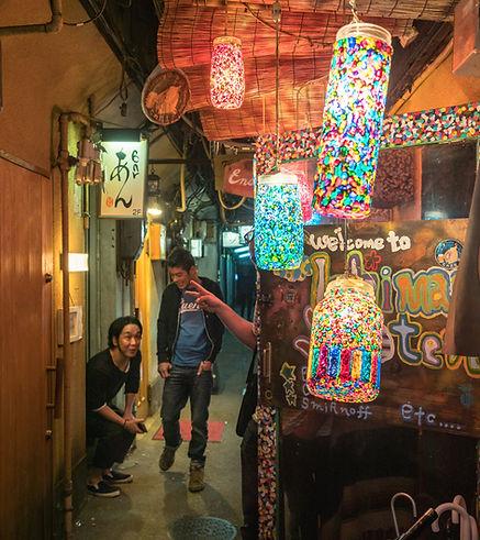 Local introductions to Osaka's nightlife, nightlife tour, Osaka, Namba, Shinsaibashi, Dotonbori, pub, bar, nightclub, club, guide