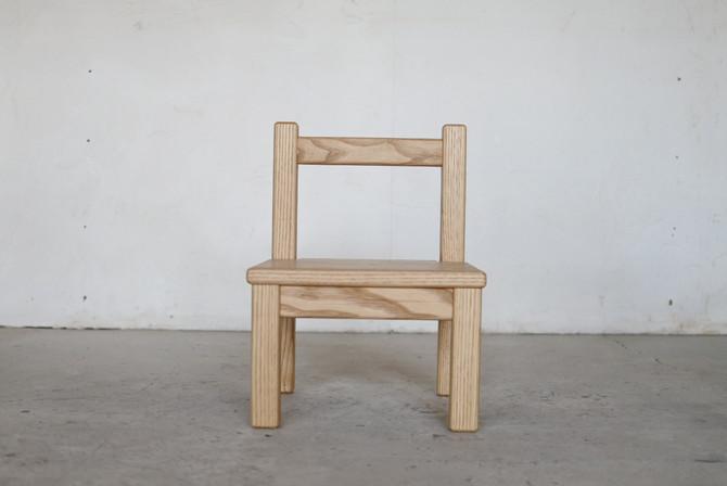 子供椅子。