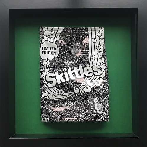 'No added sugar' Green-Original Illustrated skittles packet 1/1