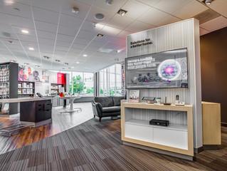 Center City Philadelphia  Verizon Store Featuring New Samsung galaxy Displays