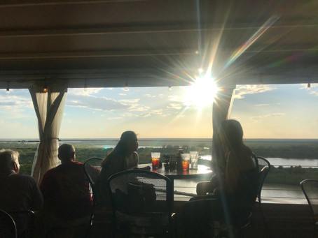 10 South: Good Food, Great View
