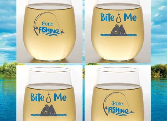 GONE FISHING  - Wine Glass