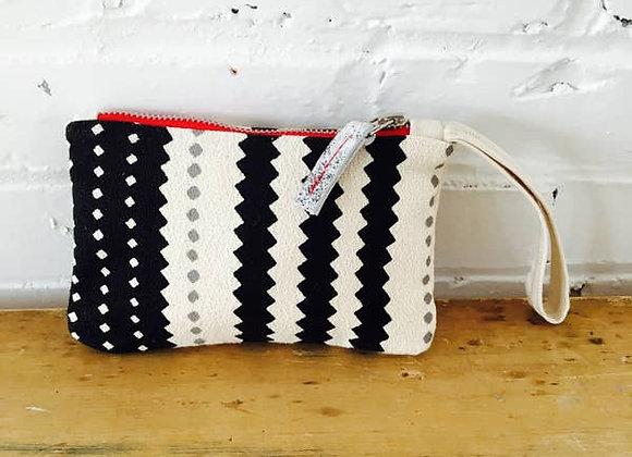 Black And Oatmeal Zig Zag Wristlet Zipper Bag