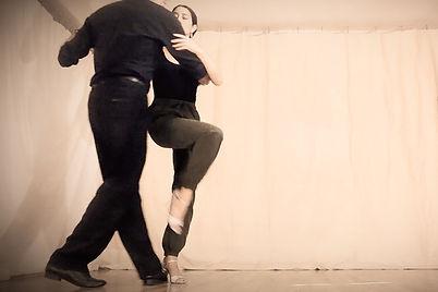 tango_classes_pasada_edited.jpg
