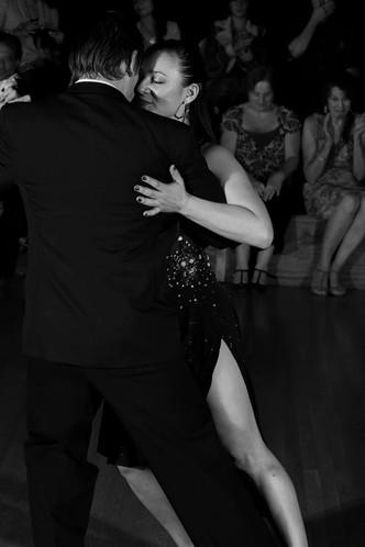 Jaimes & Giovana Performing Tango