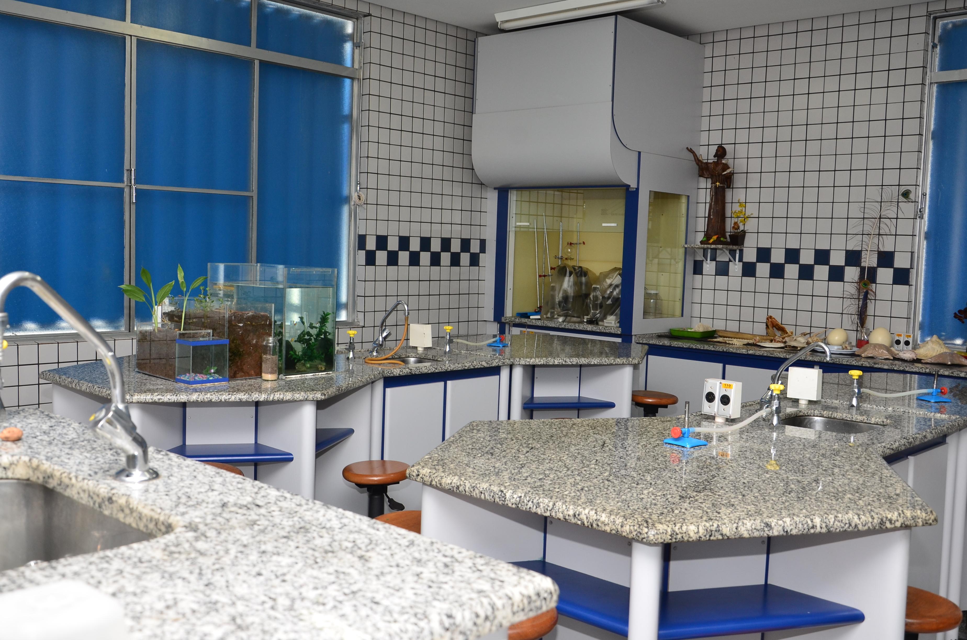 Laboratório Biologia