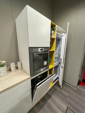 Colonna frigo, forno e lavastoviglie