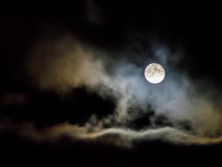 月の満ち欠け美容・新月のリセット美容