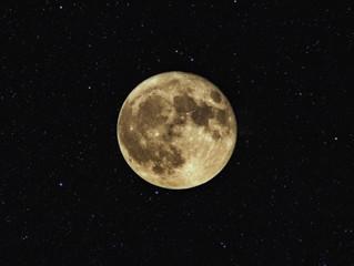 月の満ち欠け美容・吸収MAXの満月